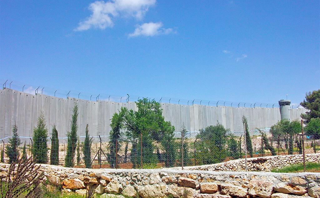 West_Bank_separation_barrier_at_Bethlehem